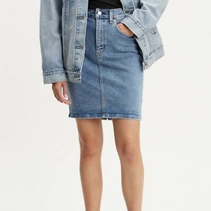 LEVI'S • Denim Jeans Mini Mid Length Skirt